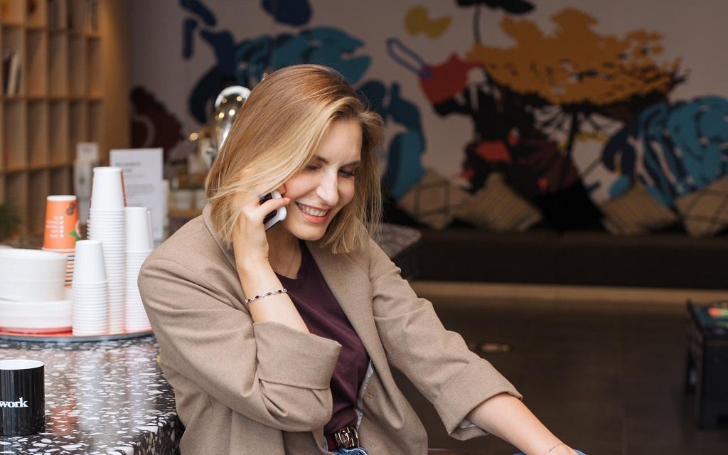 Od prvního telefonátu až po židli doručenou do vaší kanceláře: jak fungují objednávky v Manutanu